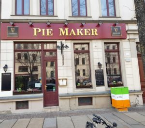Der Pub Pie Maker.